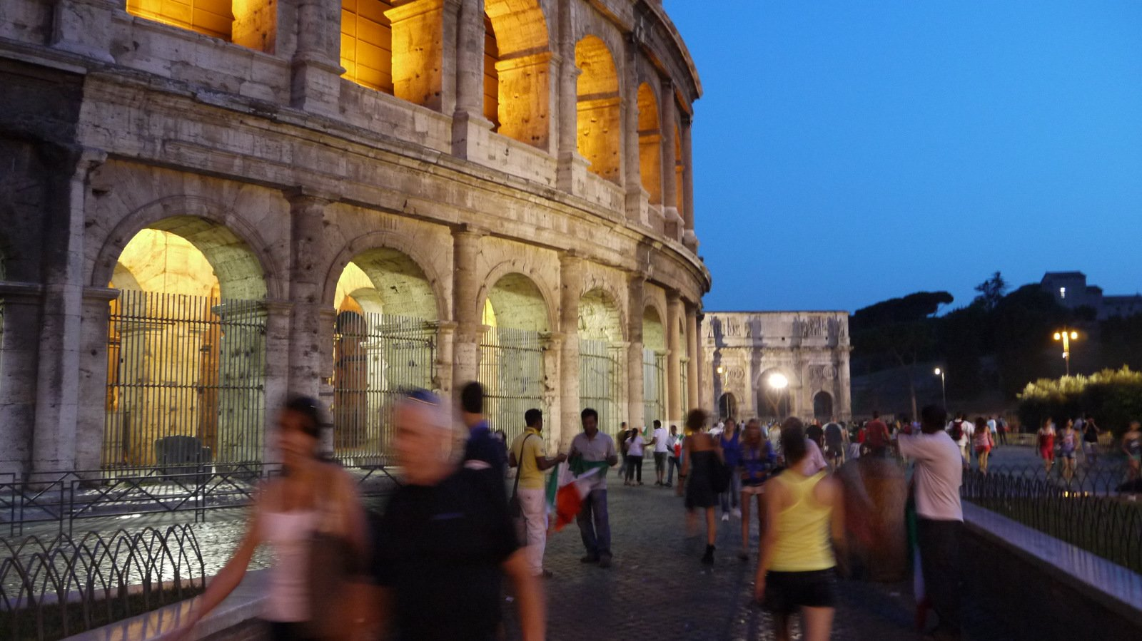What's the best way to skip the lines at the Colosseum?
